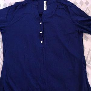 Plain Navy blue top